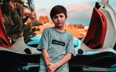 Evidence Suggests FaZe Signed An Esports Contract With An 11 Year Old