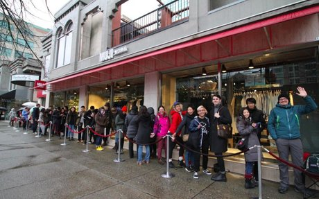 MUJI Opens Massive Vancouver Flagship to Huge Crowds [Video/Photos]