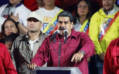Un exministro de Chávez dice que Maduro se niega a reconocer hiperinflación en Venezuela