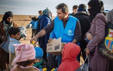 العمل مع مفوضية اللاجئين
