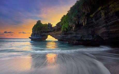 TRAVEL NUSA PENIDA BANYAK TRAVELER DI NUSA PENIDA - Tour Nusa Penida