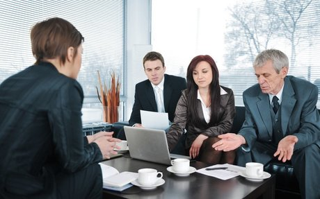 CAREER >> 3 Signs Your Interview Isn't Going In The Right Direction