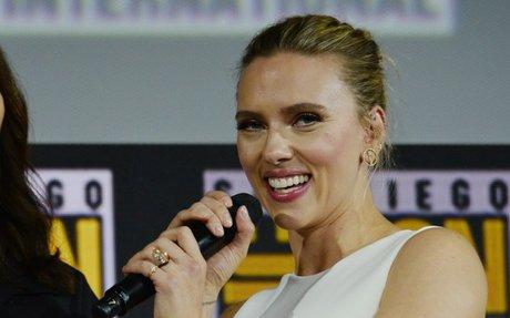 Shane Co. on Scarlett Johansson's 11-carat engagement ring