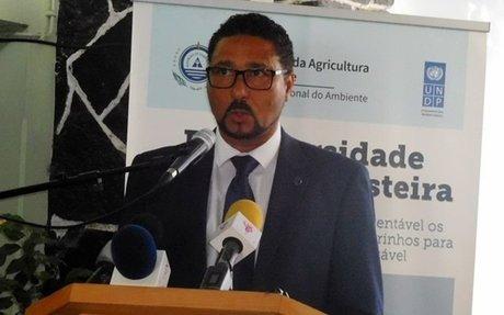 """Governo promete """"trabalho árduo"""" para executar regime jurídico especial de proteção e cons"""