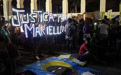 Manifestantes repetem trajeto de Marielle da Lapa ao Estácio