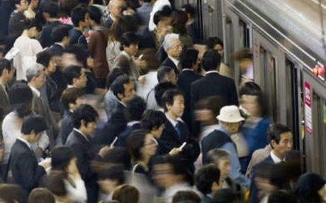 Japón | Aplicación anti manoseo es un éxito entre usuarias del metro de Tokio