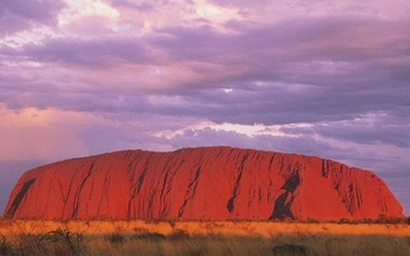 Tourists 'using Uluru as a toilet'