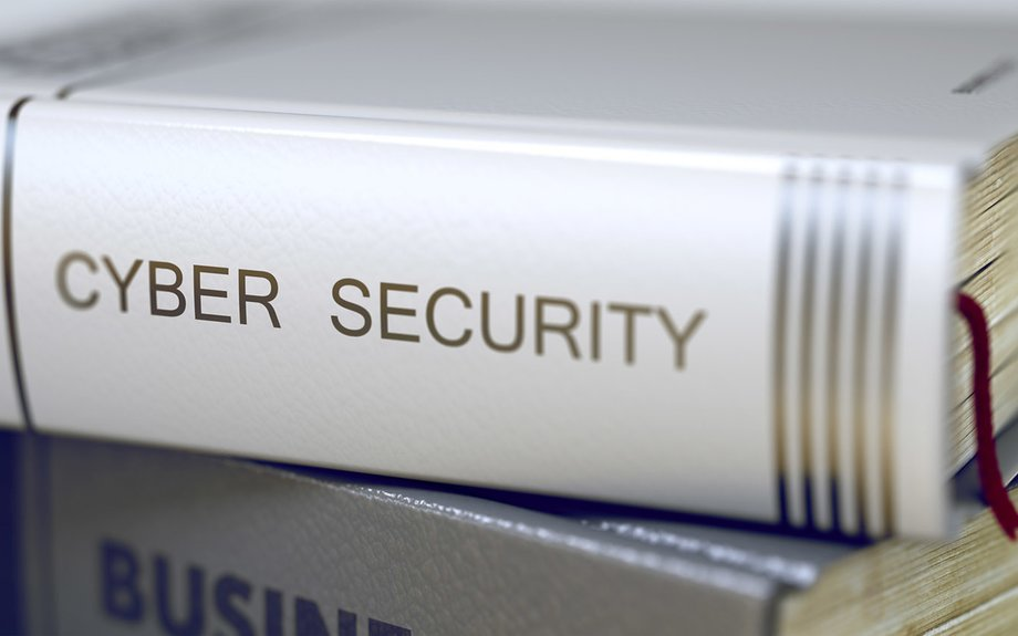 The 11 Best Cyber Security Books — Recommendations from the Experts - Hashed Out by The...