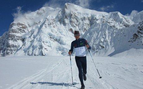 Karl Egloff impone récord mundial en una de las montañas más extremas