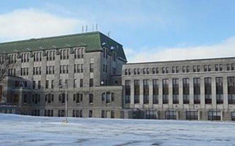 St. Charles Garnier College - Wikipedia