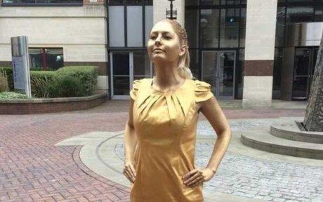 Copywriter Who Scored Job Posing as Fearless Girl Talks Breaking Into Advertising