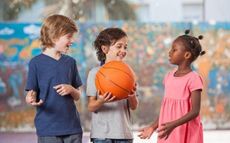 School recess offers benefits to student well-being, Stanford educator reports