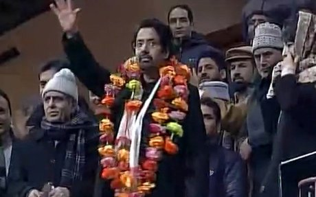 On Mufti Sayeed's 1st death anniversary, son Tasaduq joins PDP