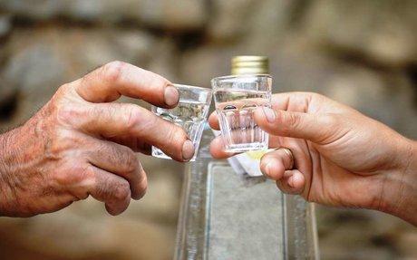 Legalizálják a házi pálinkafőzést Szlovákiában is