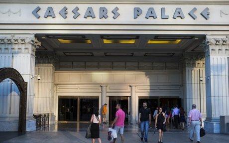 Caesars mediator resigns in casino unit's bankruptcy