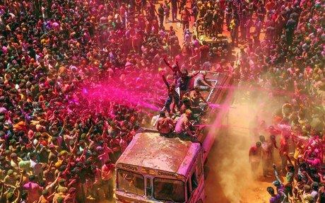 Holi-moly  festival
