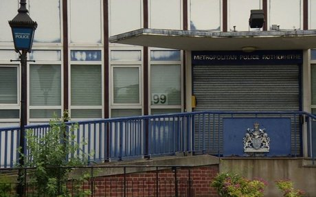 Plans to close half London police stations