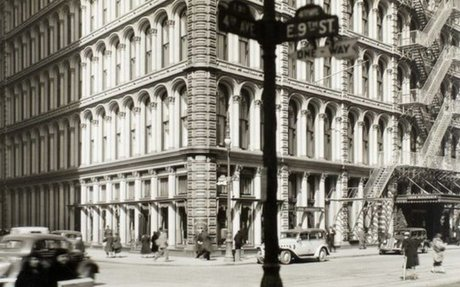 RETAIL // Will The Once Marvelous Department Store Ever Come Back?
