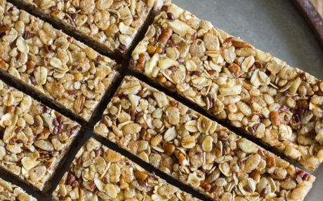 Healthy Chewy Apple Cinnamon Granola Bar Recipe