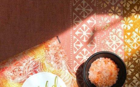 Salt and Spice Make Everything Nice: Shot of Gold Turmeric + Pink Salt Scrub