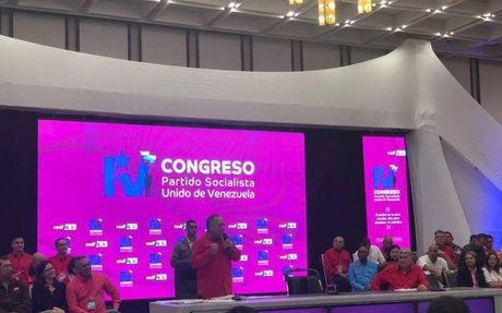 Psuv ratifica a Maduro en la presidencia del partido