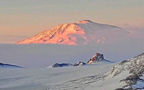 Giant volcanoes lurk beneath Antarctic ice