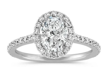 25 Oval Engagement Rings for the Classic Bride