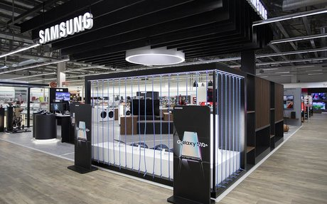 BRAND HIGHLIGHTS // New Shop-in-Shop Format for Samsung at Dixons in Greece