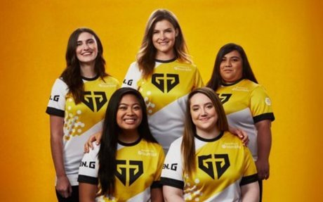 Bumble Forms All-Women's Fortnite Team to Drive More Female Involvement in Esports