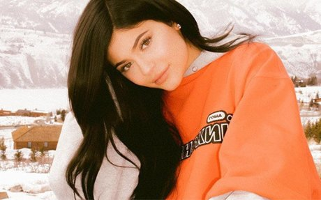 Kylie Jenner Posts Snowy Mountains Pic: Is She With Travis Scott At Kanye's Recording Sesh