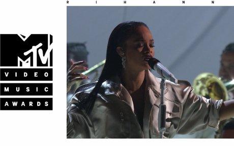 Stay / Love On The Brain / Diamonds (Live From The 2016 MTV VMAs) - Rihanna