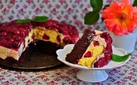 Meggyes-gesztenyés torta