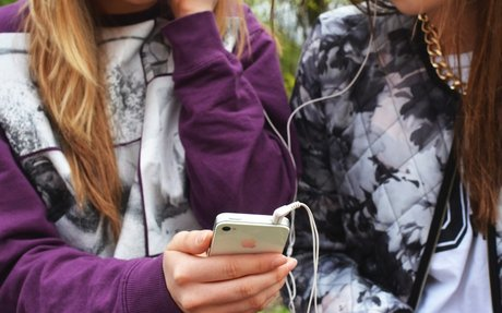 Com ha canviat la tecnologia la infància i la joventut?