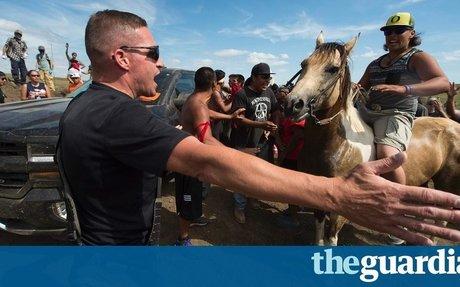 North Dakota pipeline protest turns violent after cultural sites destroyed