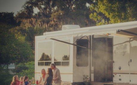 How to Celebrate the Perfect Thanksgiving in Your RV