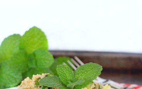 Fresh & Easy Quinoa Tabbouleh