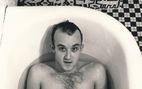Luminaries of New York's 80s art scene photographed nude in their bathtubs