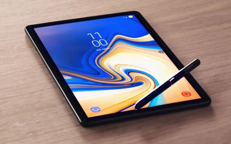 Samsung Galaxy Tab S4 is a 10.5-inch iPad Pro rival