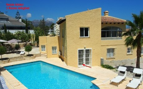 ALTEA - Stor nyoppusset villa med panoramautsikt.  Sengeplasser til 12 (6 soverom...