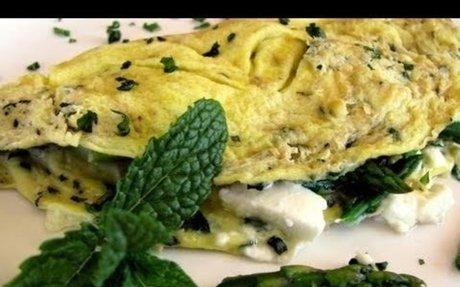 Clean Eating Asparagus & Herb Omelet