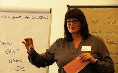 """Wenn das """"t"""" verschlupft ist — Brigitte Mayer coacht Selfpublisher für Lesungen"""