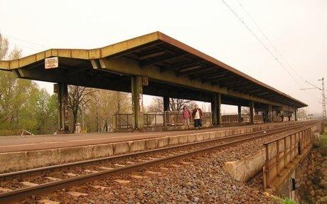 Dunakeszi-Gyártelep - Képriport - Magyarország vasútállomásai és vasúti megállóhelyei
