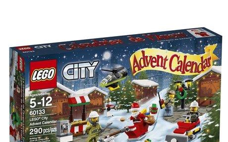 LEGO City Advent Calendar Building Kit (2016)
