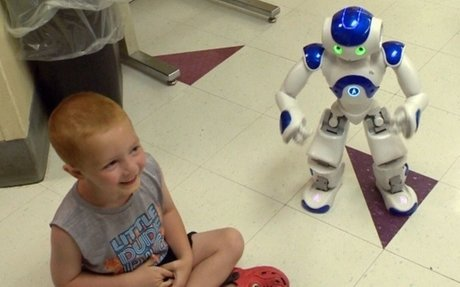 Singing, dancing robot helps ease kids' nerves at N.S. blood clinic