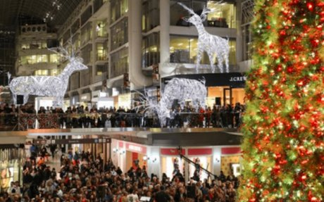 Canadian Retailers Outdo UK for Holiday Presentation: Expert