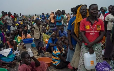 South Sudan: Tens of thousands flee famine and civil war