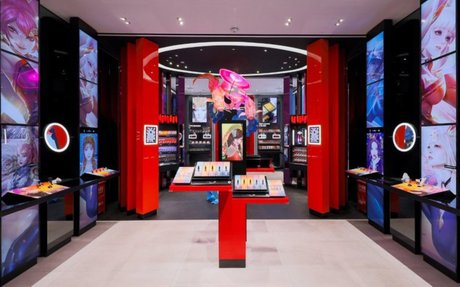 Brand Highglight // MAC Cosmetics opens a retail concept store in China