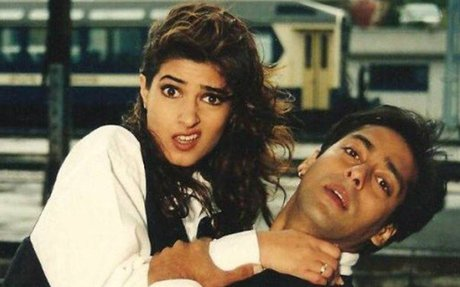 Twinkle Khanna gives troll-free reply to Salman Khan's fans