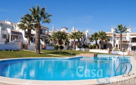 Flott leilighet med perfekt beliggenhet – Los Dolses – Villamartin  »  Casa & Propiedad