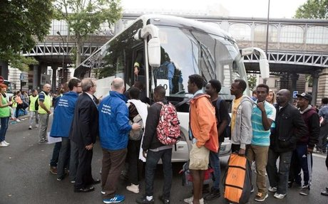 Yvelines: marche contre l'accueil de migrants